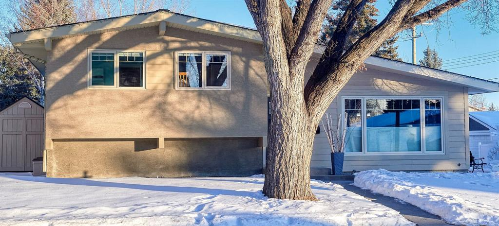 FEATURED LISTING: 3404 Lane Crescent Southwest Calgary