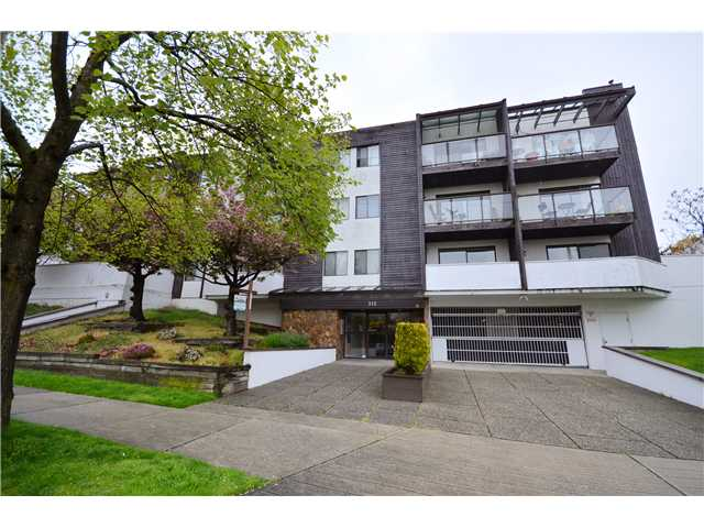 "Main Photo: 308 315 10 Street in New Westminster: Uptown NW Condo for sale in ""SPRINGBOK COURT"" : MLS® # V958079"