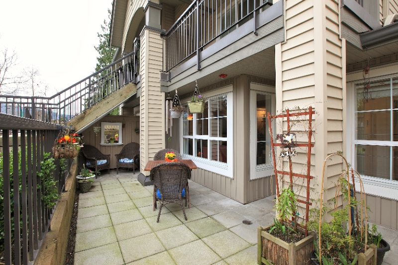 160 Ross Floor Plans: Photos: 1135 ROSS Road In North Vancouver: Lynn Valley