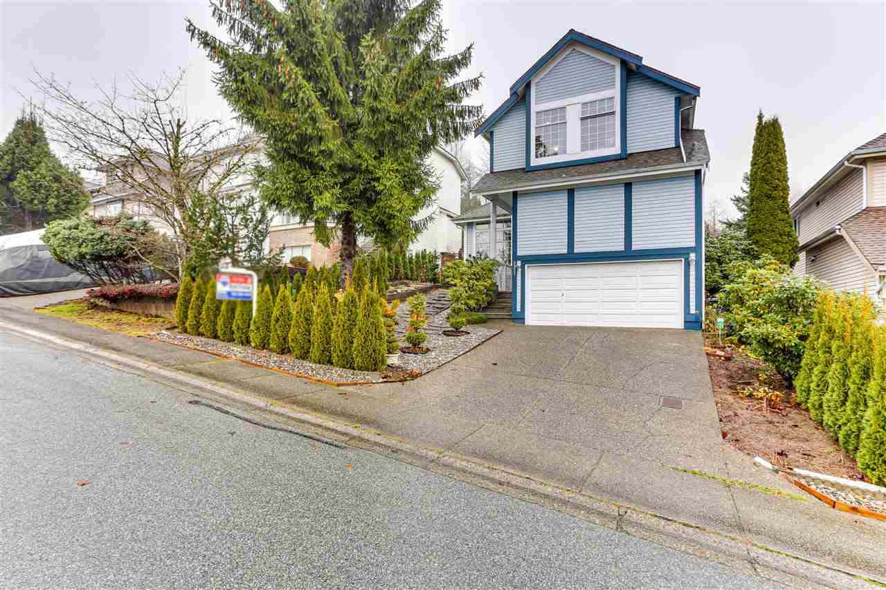 FEATURED LISTING: 2927 MEADOWVISTA Place Coquitlam