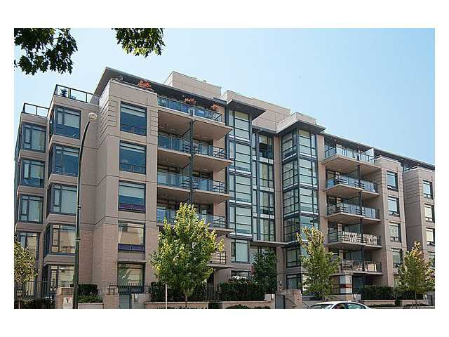 FEATURED LISTING: 211 - 750 12TH Avenue West Vancouver