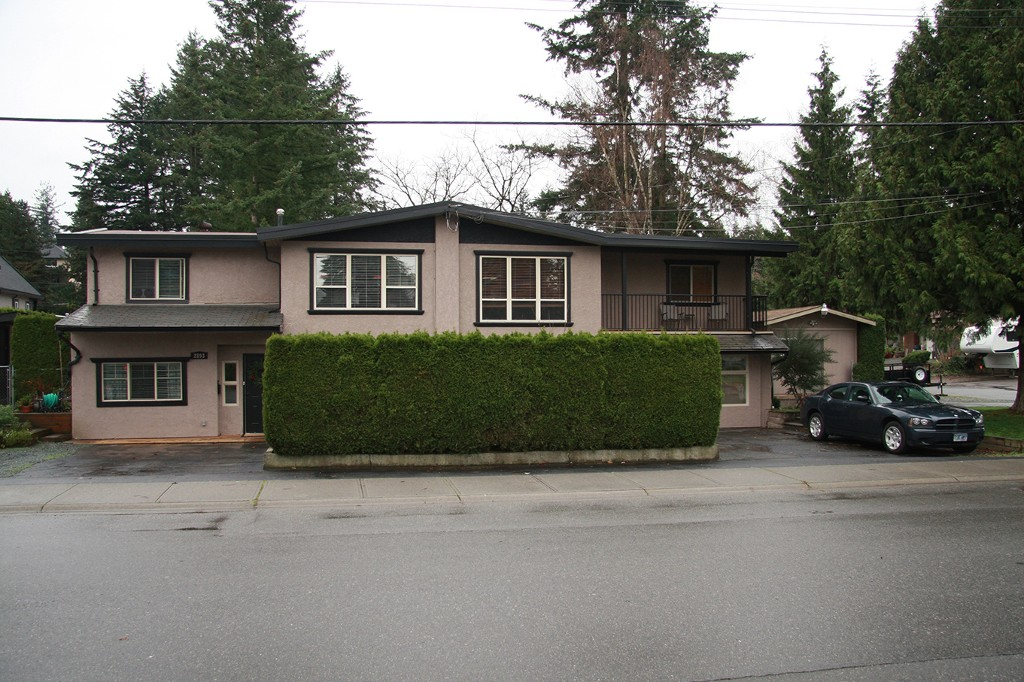 Main Photo: 2893 Princess Street in Abbotsford: Abbotsford West House 1/2 Duplex for sale : MLS® # R2124791