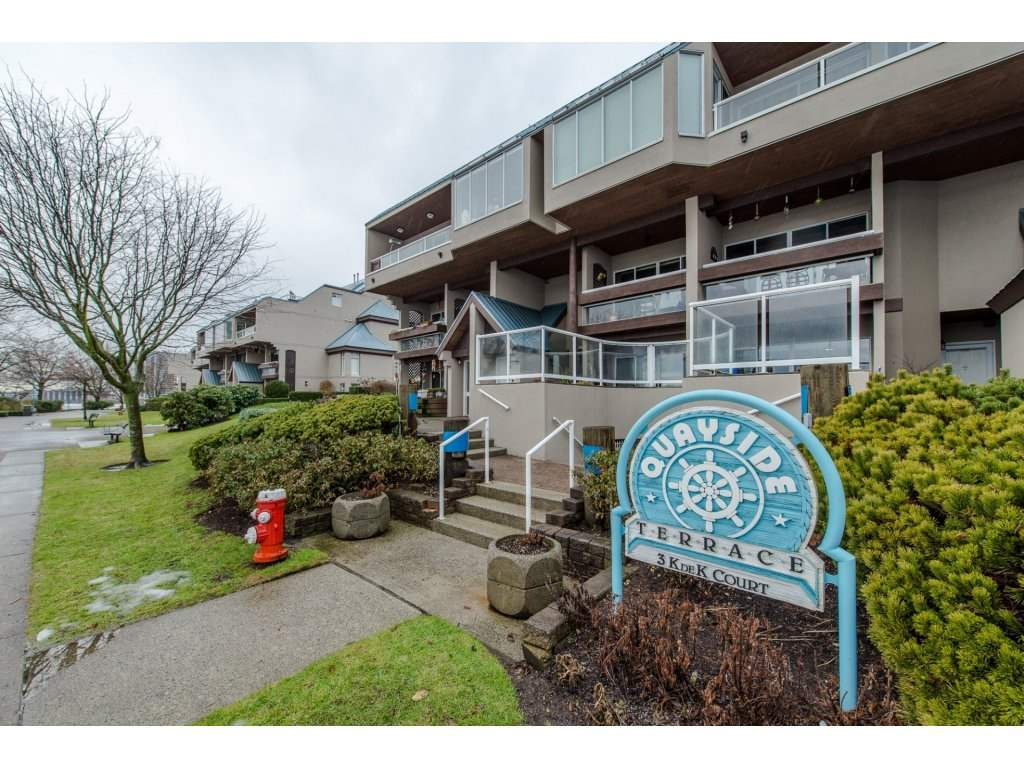 Main Photo: # 405 - 3 K DE K Court in New Westminster: Quay Condo for sale : MLS® # R2132103