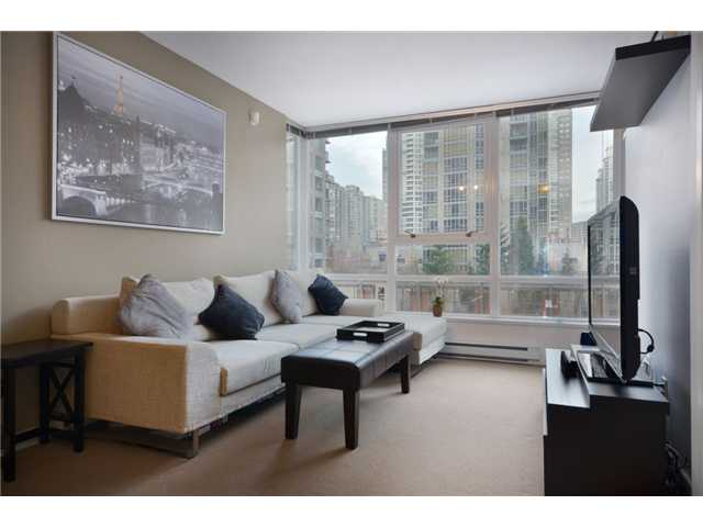 "Main Photo: 609 928 BEATTY Street in Vancouver: Yaletown Condo for sale in ""THE MAX"" (Vancouver West)  : MLS®# V928813"