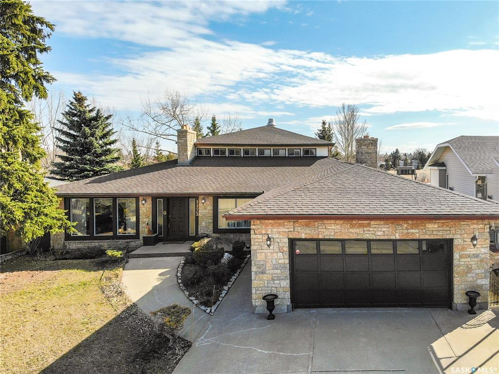 FEATURED LISTING: 1173 Normandy Drive Moose Jaw