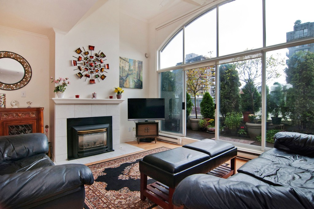 Photo 6: PH2 950 BIDWELL Street in Vancouver: West End VW Condo for sale (Vancouver West)  : MLS® # V1080593