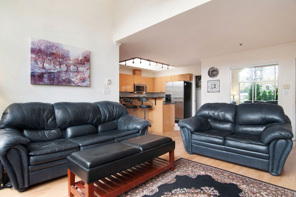 Photo 8: PH2 950 BIDWELL Street in Vancouver: West End VW Condo for sale (Vancouver West)  : MLS® # V1080593