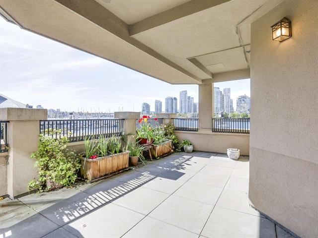 FEATURED LISTING: 221 - 525 WHEELHOUSE Square Vancouver