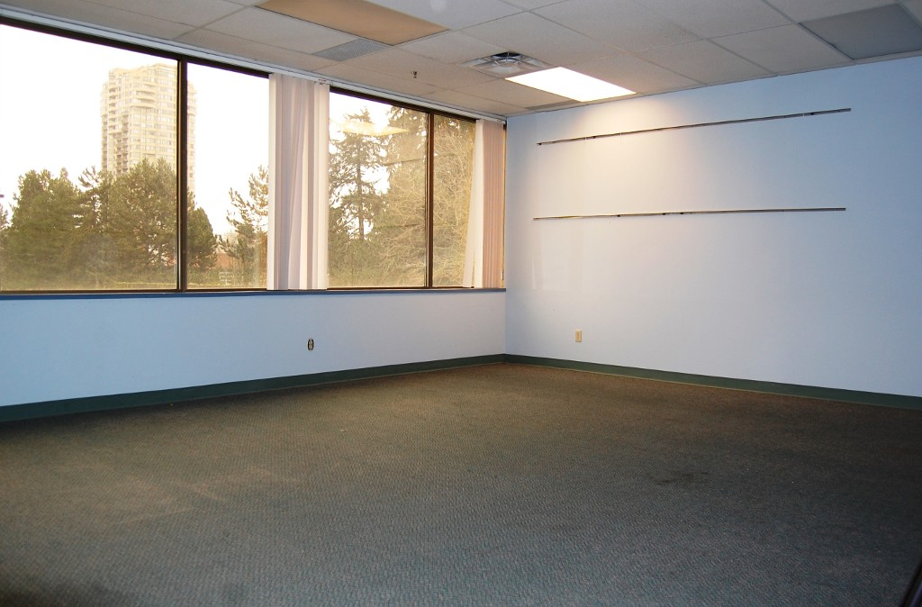 Photo 5: # 200 - 4980 Kingsway in Burnaby: Metrotown Office for lease (Burnaby South)