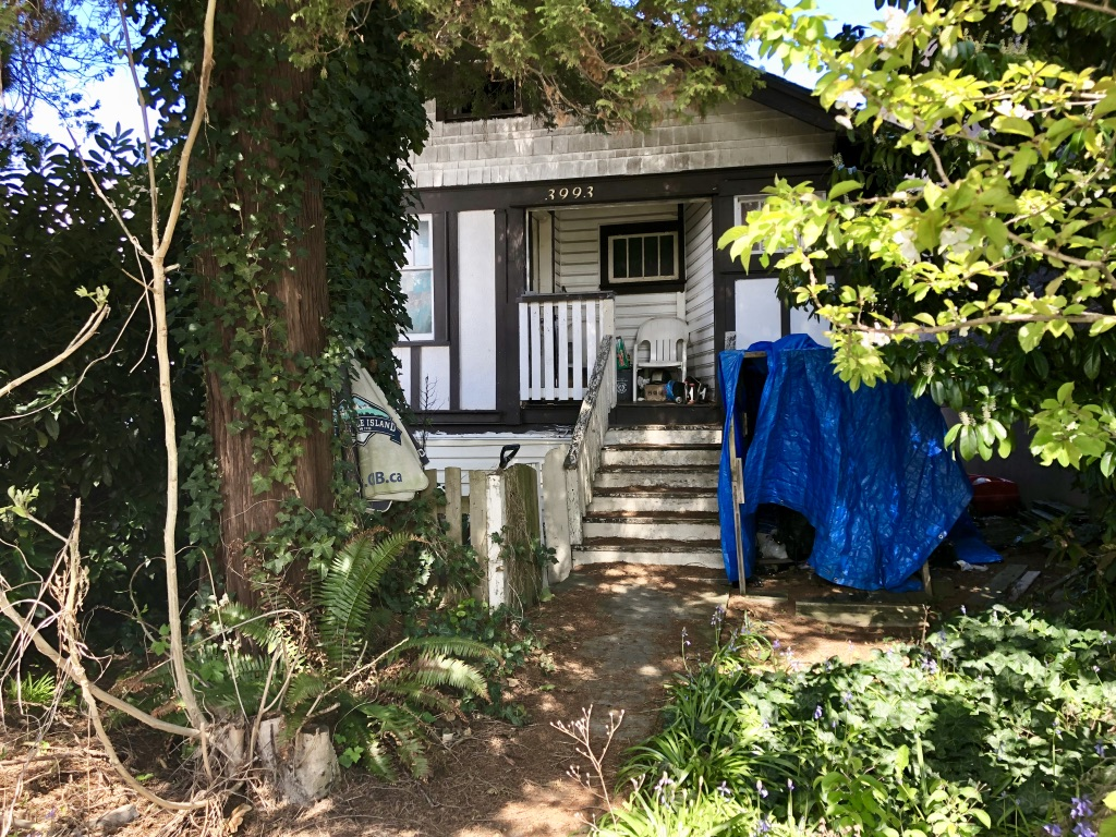 FEATURED LISTING: 3993 Grant Street Burnaby
