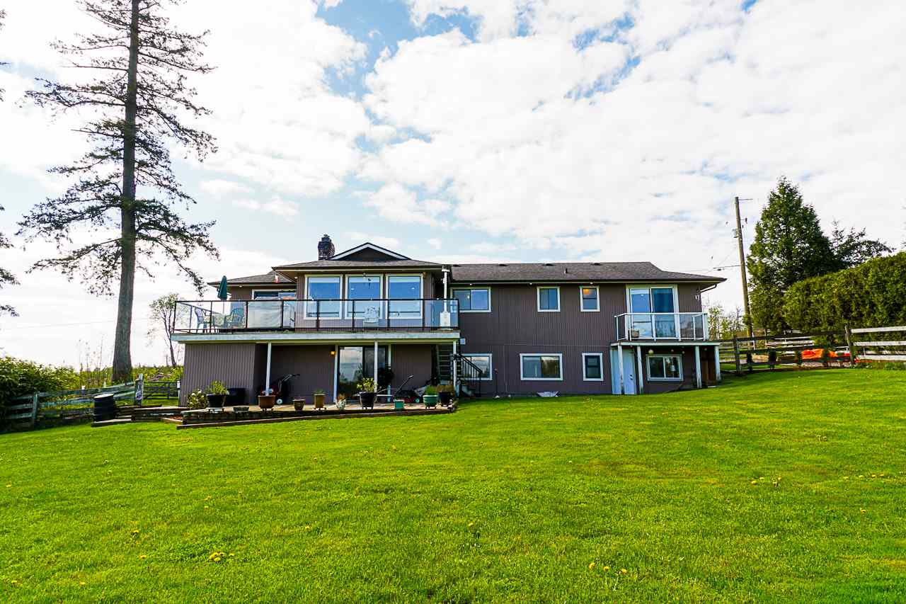 FEATURED LISTING: 21163 0 Avenue Langley