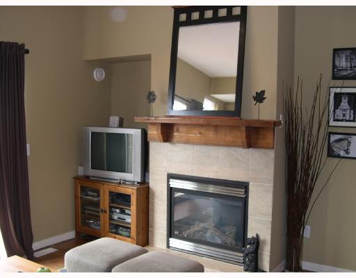 Main Photo: 48 2000 PANORAMA Drive in Port Moody: Heritage Woods PM Condo for sale : MLS®# V663471