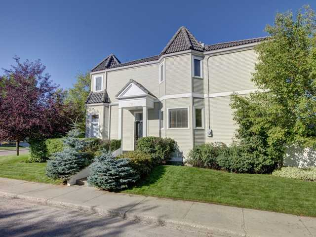 FEATURED LISTING: 707 20 Street Northwest CALGARY