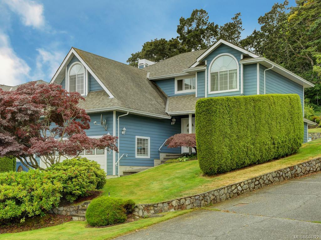 FEATURED LISTING: 3880 Mildred St Saanich