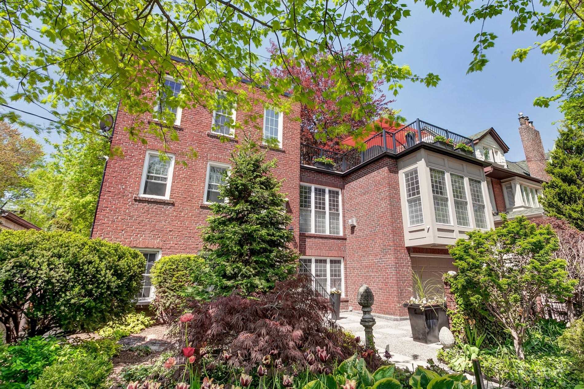 FEATURED LISTING: 18 Nanton Avenue Toronto