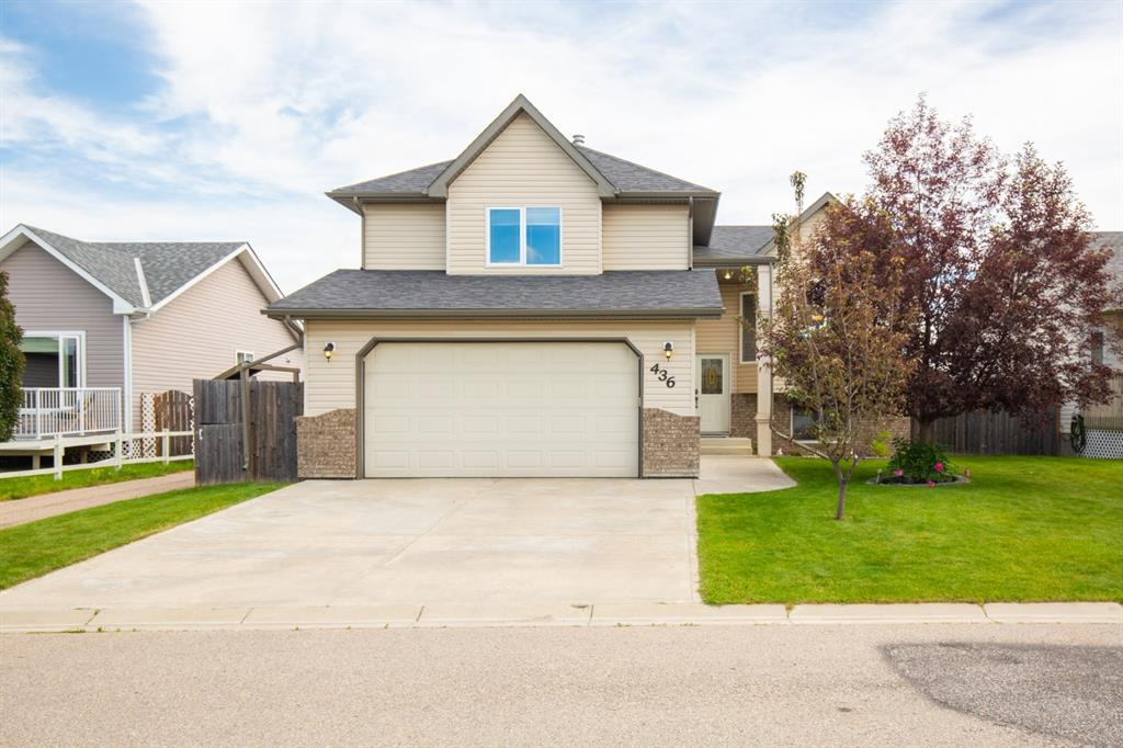 FEATURED LISTING: 436 Carriage Lane Cross North Carstairs