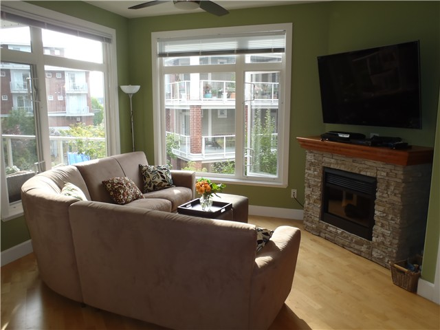 "Photo 4: 206 4211 BAYVIEW Street in Richmond: Steveston South Condo for sale in ""THE VILLAGE STEVESTON SOUTH"" : MLS® # V1013838"