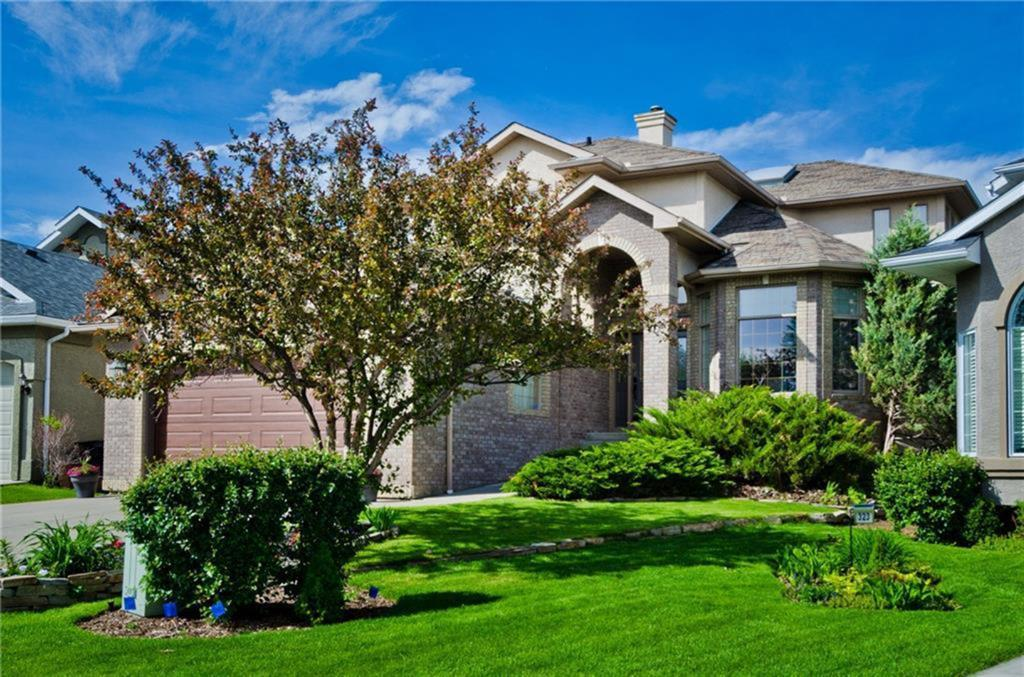 FEATURED LISTING: 327 VALLEY SPRINGS Terrace Northwest Calgary