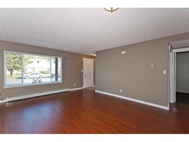 "Main Photo: 21534 MAYO Place in Maple Ridge: West Central Townhouse for sale in ""MAYO PLACE"" : MLS®# V932254"