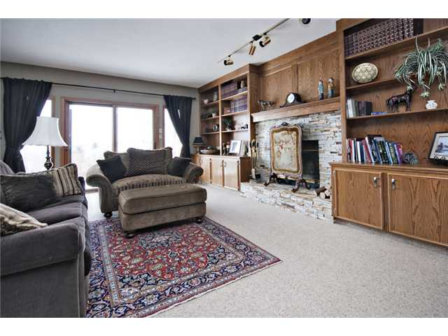 Photo 18: 35 HAWKVILLE Mews NW in CALGARY: Hawkwood Residential Detached Single Family for sale (Calgary)  : MLS® # C3556165
