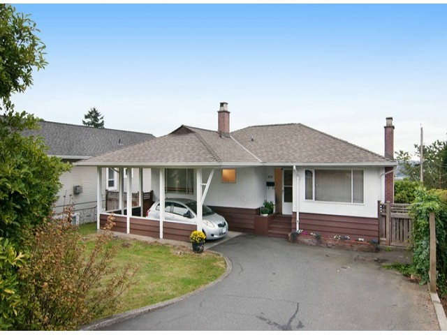 Main Photo: 835 CALVERHALL Street in North Vancouver: Calverhall House for sale : MLS® # V1083802
