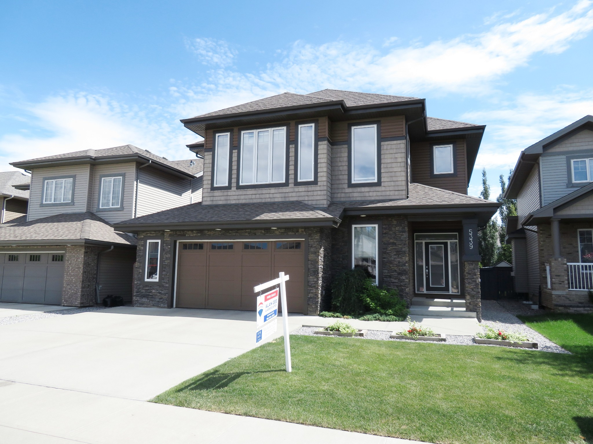 Main Photo: 5339 Mullen Bend in EDMONTON: House for sale