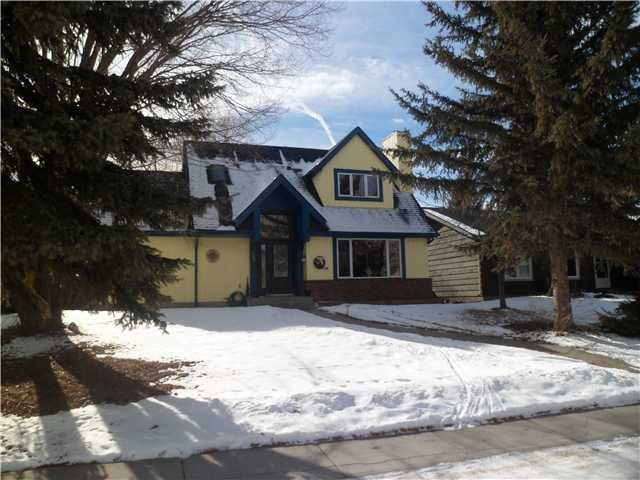 Main Photo: 102 LOCK Crescent: Okotoks Residential Detached Single Family for sale : MLS® # C3511006