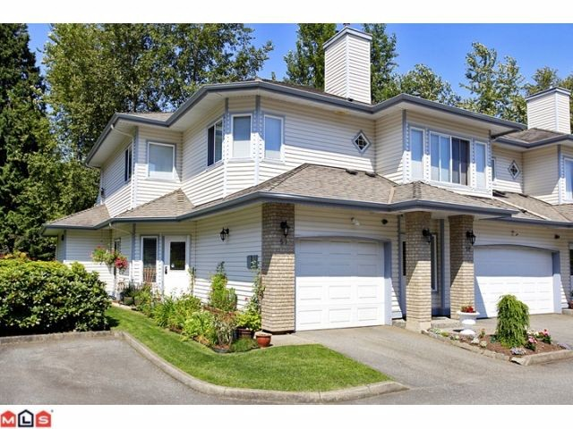 "Main Photo: 57 21579 88B Avenue in Langley: Walnut Grove Townhouse for sale in ""CARRIAGE PARK"" : MLS®# F1218032"