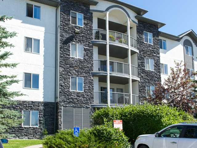 FEATURED LISTING: 102 - 55 ARBOUR GROVE Close Northwest CALGARY