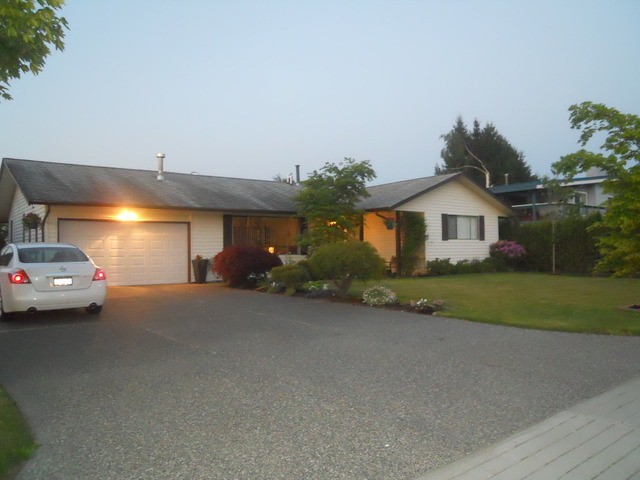 Main Photo: 6556 TYSON Road in Sardis: Sardis West Vedder Rd House for sale : MLS®# H1301968