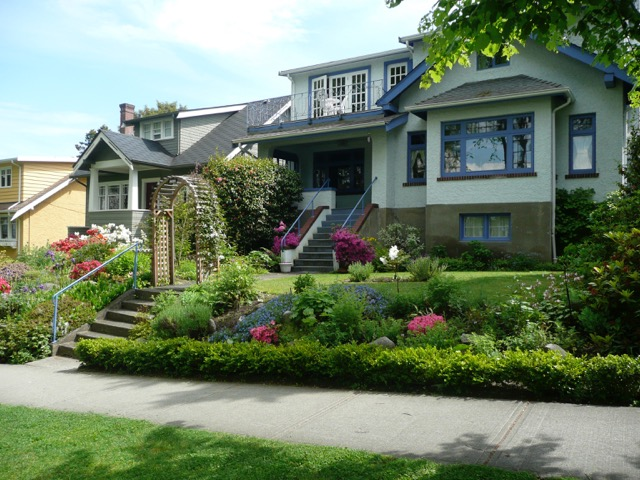 Main Photo: 3886 W 14th Avenue in Vancouver: Point Grey House for sale (Vancouver West)