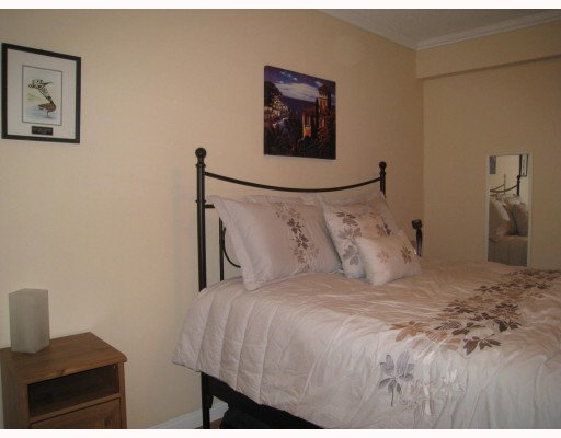 Photo 2: 306 7428 19th Avenue in Burnaby: Edmonds Condo for sale (Burnaby East)