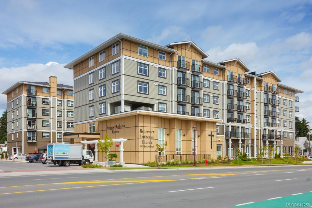 FEATURED LISTING: 306 - 917 Avrill Rd Langford