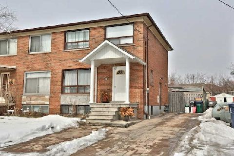 FEATURED LISTING: 32 Marlington Crest Toronto