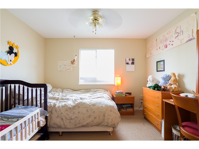 Photo 9: 1545 MAHON AV in North Vancouver: Central Lonsdale Condo for sale : MLS(r) # V1014249