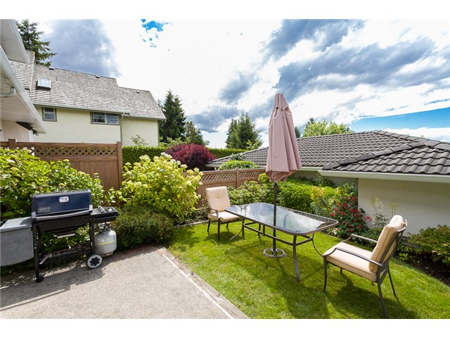 Photo 12: 1545 MAHON AV in North Vancouver: Central Lonsdale Condo for sale : MLS(r) # V1014249