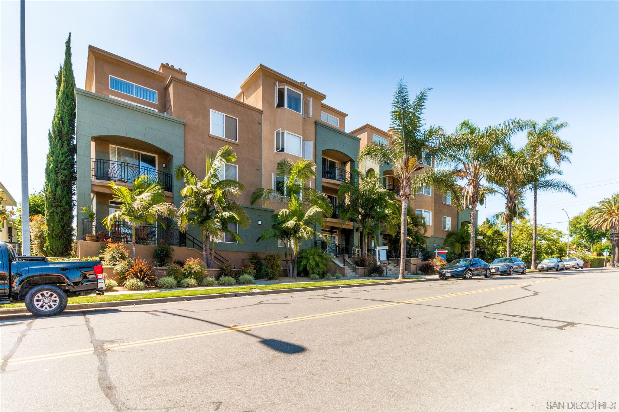 FEATURED LISTING: 401 - 3990 Centre St San Diego