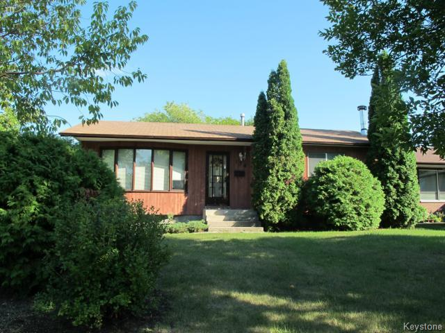 Main Photo:  in WINNIPEG: North Kildonan Residential for sale (North East Winnipeg)  : MLS® # 1319127
