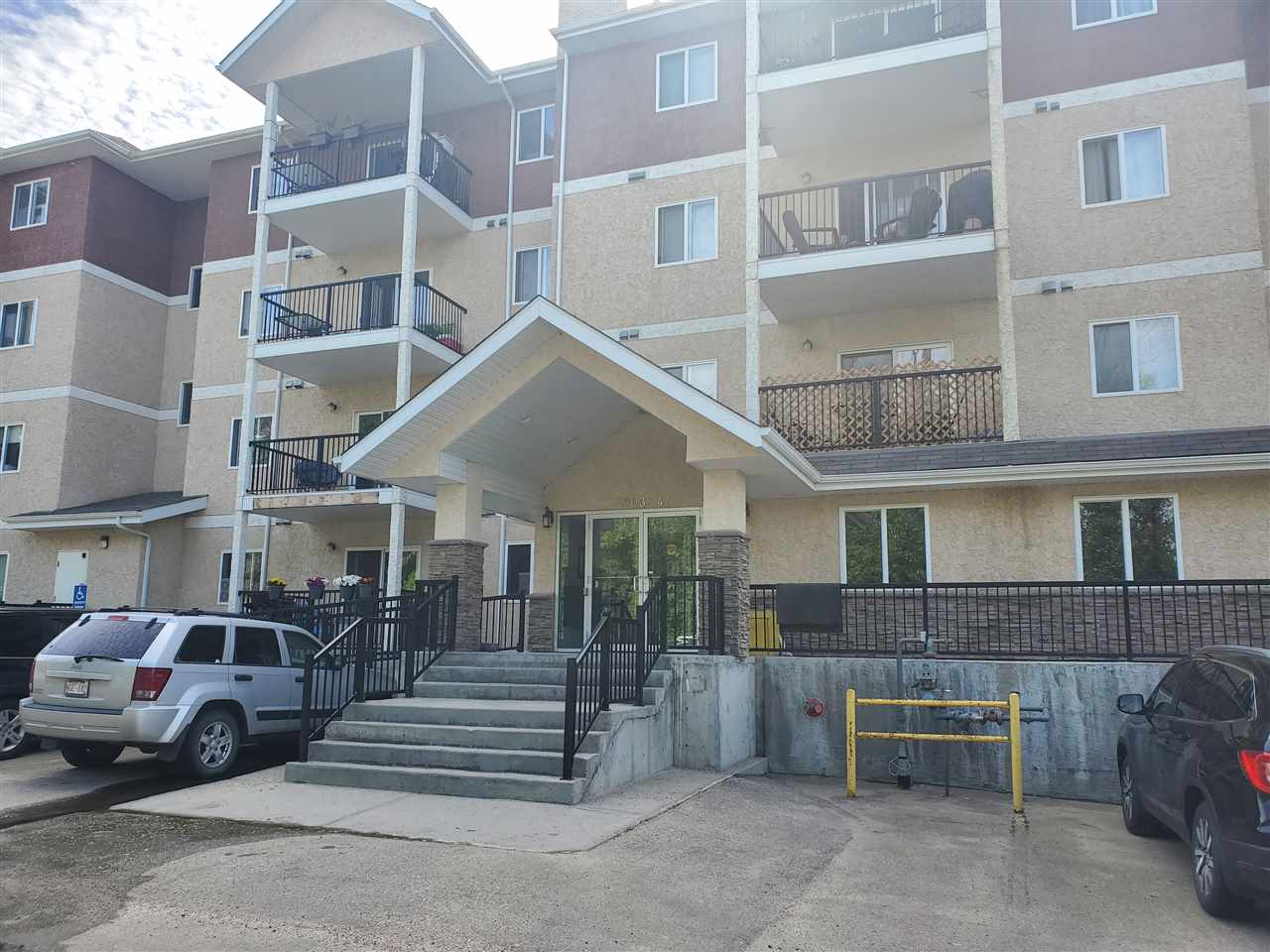 FEATURED LISTING: 101 - 4903 47 Avenue Stony Plain