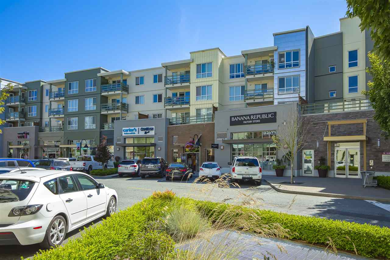 FEATURED LISTING: 405 - 15735 CROYDON Drive Surrey