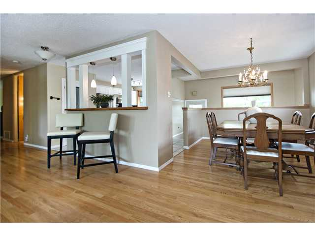 Photo 7: 6520 LARKSPUR Way SW in CALGARY: North Glenmore Residential Detached Single Family for sale (Calgary)  : MLS® # C3623870