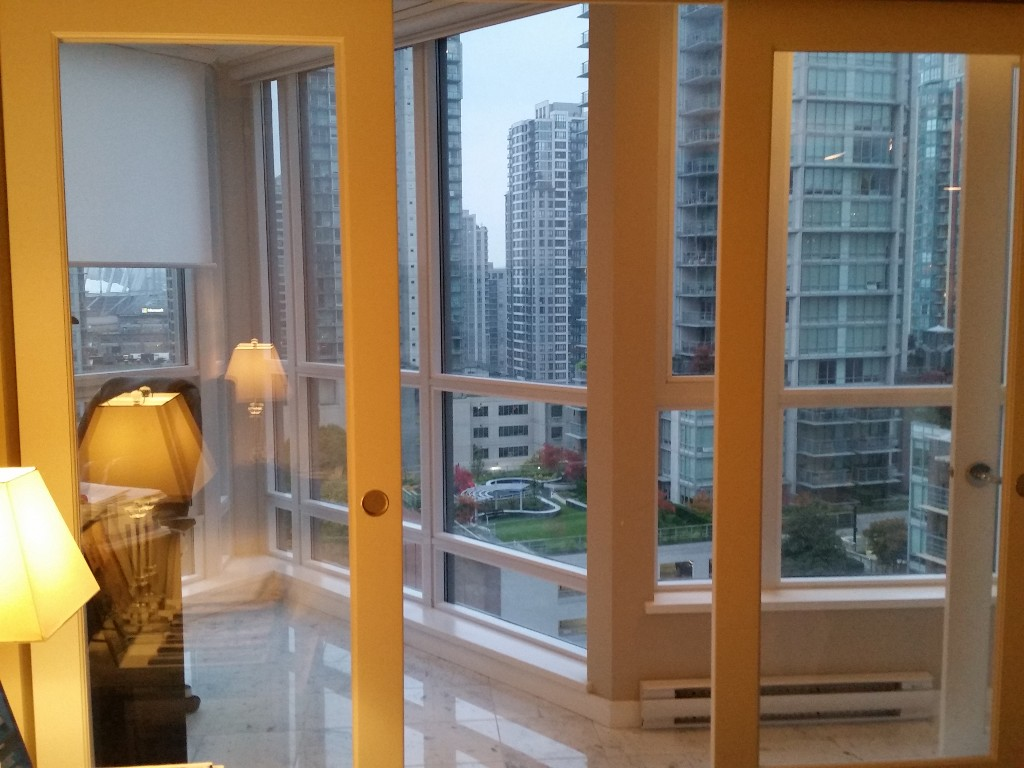 Main Photo: 1005 833 Seymour Street in Vancouver: Downtown Condo for sale (Vancouver West)  : MLS®# v1089232