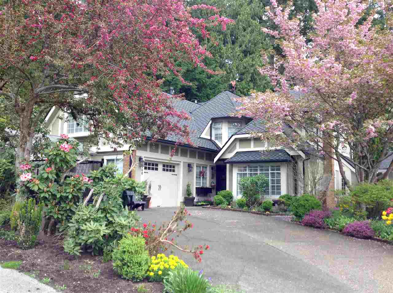 FEATURED LISTING: 1740 CASCADE Court North Vancouver