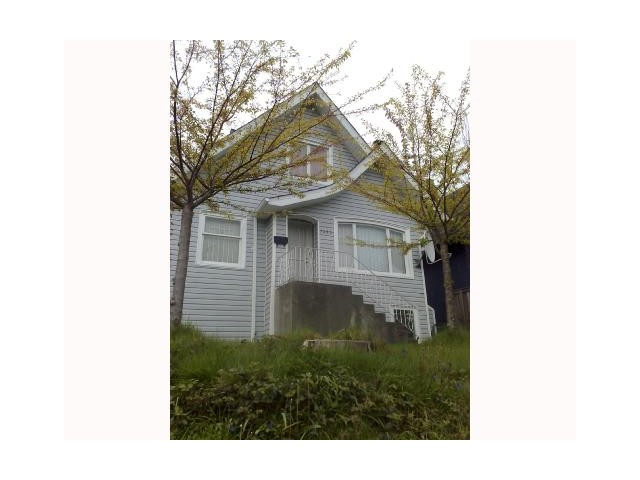 Main Photo: 1535 E 12TH in Vancouver: Grandview VE House for sale (Vancouver East)  : MLS® # V1008845
