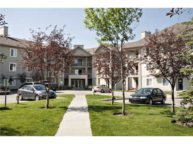 Main Photo: (2)312 2000 CITADEL MEADOW Point NW in CALGARY: Citadel Condo for sale (Calgary)  : MLS® # C3531573