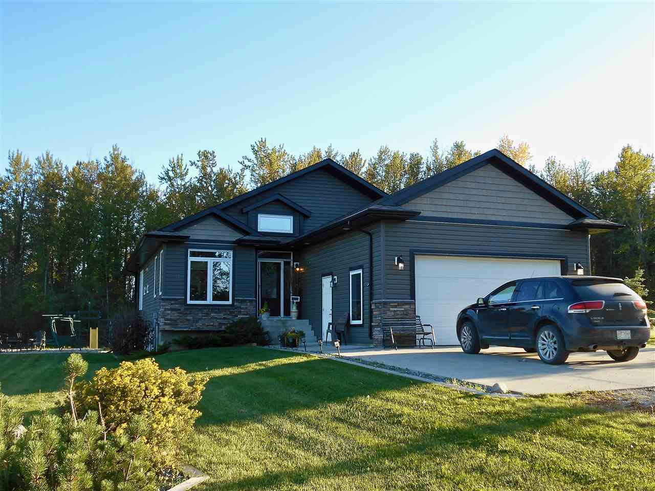 FEATURED LISTING: 49111 Range Road 73 Rural Brazeau County