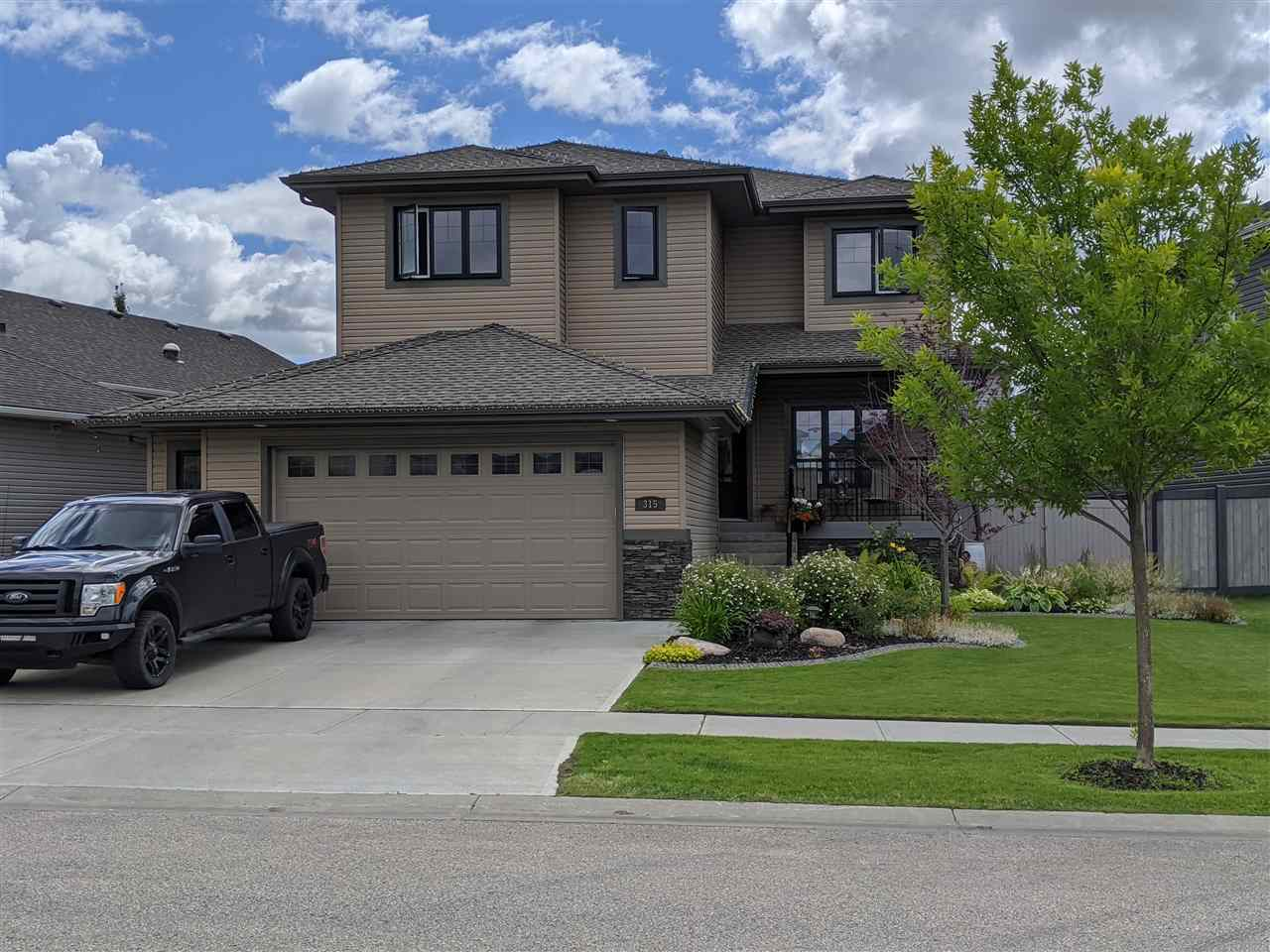 FEATURED LISTING: 315 Bridgeport Place North Leduc