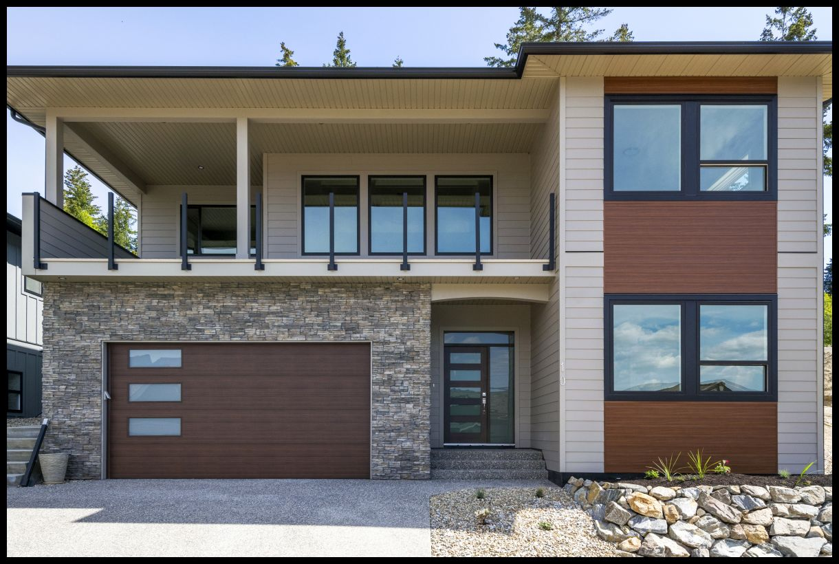 FEATURED LISTING: 10 2990 20 Street Northeast Salmon Arm