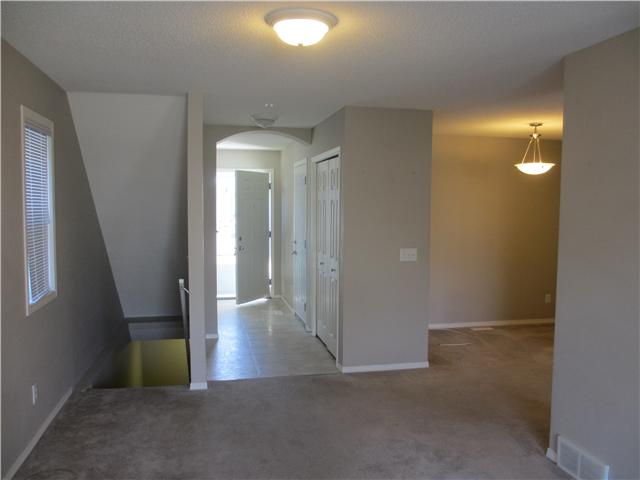 Photo 4: 53 EVERSYDE Point SW in CALGARY: Evergreen Townhouse for sale (Calgary)  : MLS® # C3536284