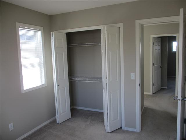 Photo 7: 53 EVERSYDE Point SW in CALGARY: Evergreen Townhouse for sale (Calgary)  : MLS® # C3536284
